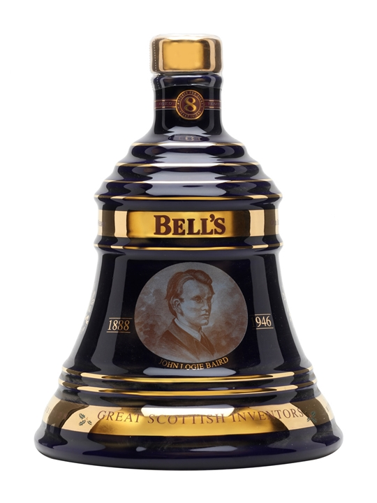Bell's Christmas 2004 / 8 Year Old Blended Scotch Whisky