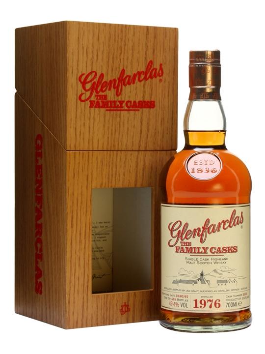 Glenfarclas 1976 / Family Casks I / Sherry Butt 3111 Speyside Whisky