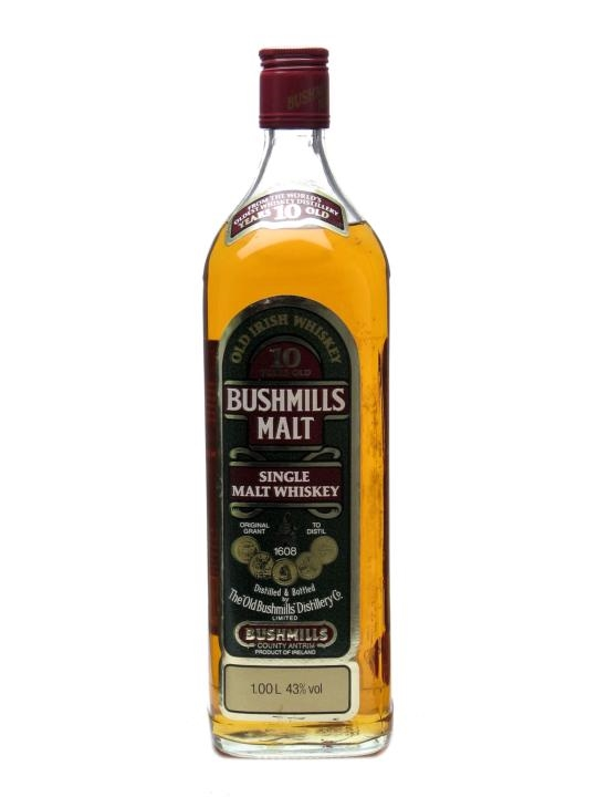 Bushmills 10 Year Old Irish Whiskey / Bot. 1990s