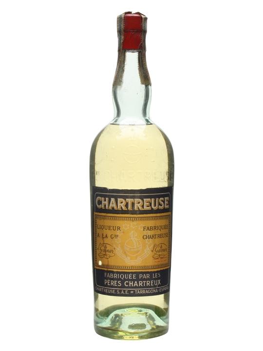 Chartreuse Yellow Liqueur / Tarragona / Bot.1950s