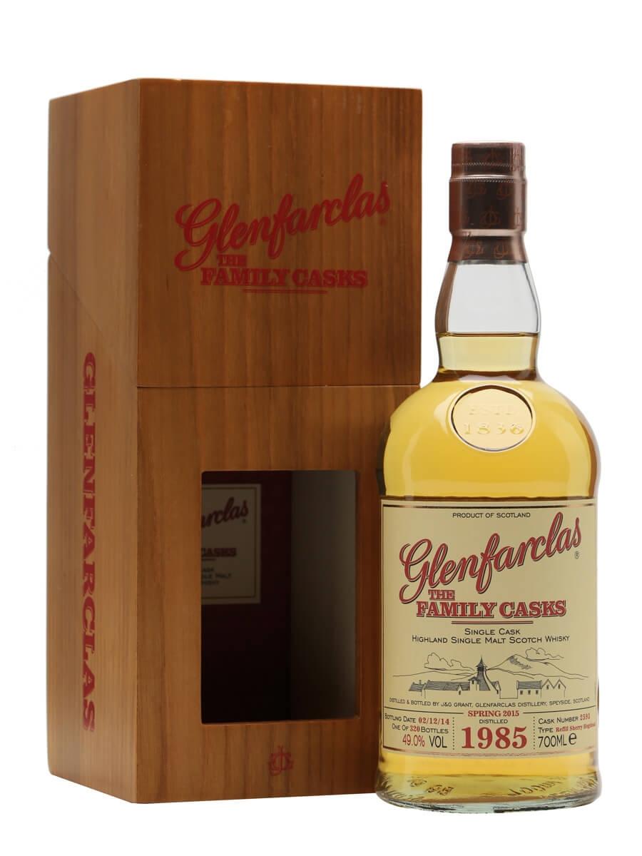 Glenfarclas 1985 / Family Casks S15 / Sherry #2593