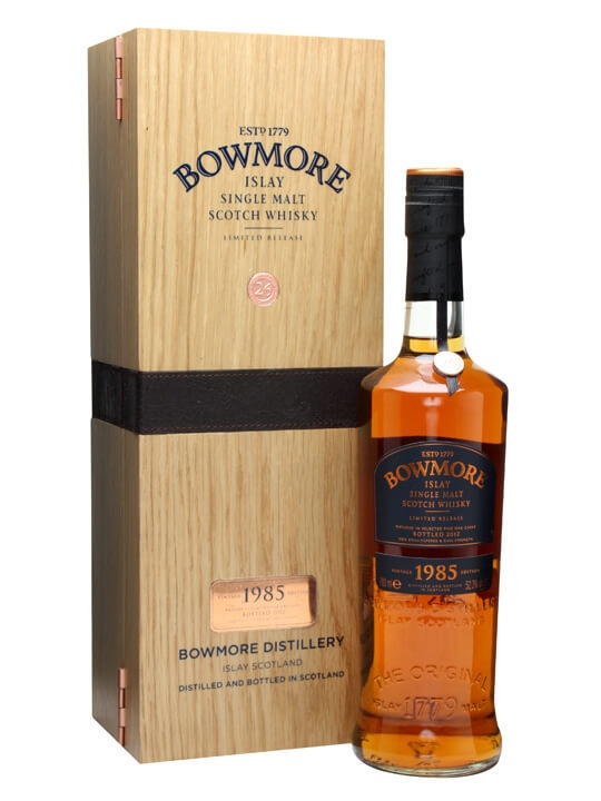 Bowmore 1985 / 26 Year Old Islay Single Malt Scotch Whisky